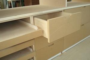 Progettazione arredamenti laccatura lucidatura for Cabina a 2 piani