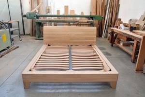 Costruire Un Letto In Legno Massello : Progettazione arredamenti laccatura lucidatura impiallacciatura